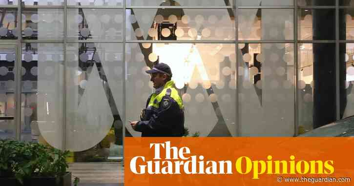 The case against Dan Oakes exposes how dangerously fragile press freedom is in Australia   Peter Greste