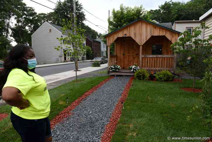 Allie B's owner remakes corner lot in Albany's West Hill as a message of hope