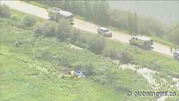 3 people killed in plane crash southeast of Edmonton