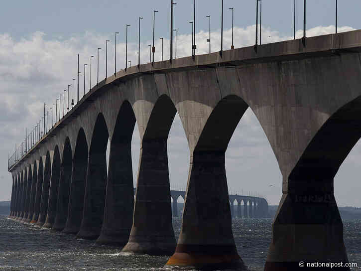 Surge of vehicles rushed Confederation Bridge to take advantage of lifted travel restrictions