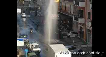 """Un """"geyser"""" in strada: maxi-perdita d'acqua a Pagani - L'Occhio di Salerno"""