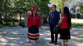 Activists meet with Regina mayor about removal of John A. Macdonald statue