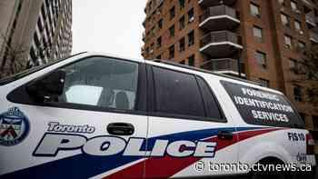 Man critically injured after shooting near Spadina and Dundas