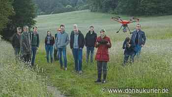 Berching: Ein heller Fleck bedeutet Leben - Mit einer Drohne sollen Wildtiere vor dem Mähtod bewahrt werden - donaukurier.de