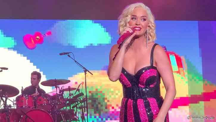 """""""Ich wäre fast gesprungen"""":Katy Perry legt schwere Seelenbeichte ab - n-tv NACHRICHTEN"""