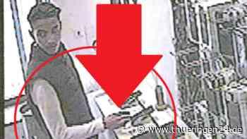 Weimar: Mann läuft in Telekom-Shop – HIER langt er richtig zu - Thüringen24