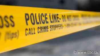 Man found with life-threatening injuries after shooting at Dundas and Spadina
