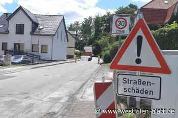 Sanierung der Warburger Johannistorstraße vor dem Abschluss: Haftkleber wird aufgebracht - Westfalen-Blatt