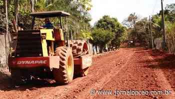 Obras de asfalto se iniciam no Setor de Chácaras Decolores, em Trindade - Jornal Opção