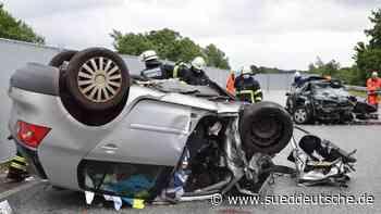 Zwei Tote bei Geisterfahrerunfall auf der A23 - Süddeutsche Zeitung