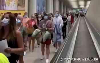 Marc Van Ranst vreest voor vakantiegangers: In Mallorca verdringen toeristen elkaar op luchthaven - Nieuws365