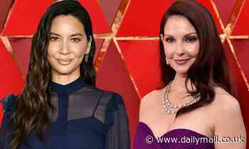Ashley Judd and Olivia Munn turn over social media to pandemic experts in #PassTheMic campaign - Daily Mail