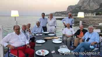 Palermo, gli ex alunni del Convitto festeggiano i sessant'anni di maturità - La Repubblica