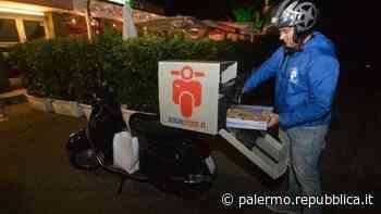 Palermo, i rider in assemblea: sciopero delle consegne dalle 19 alle 21 - La Repubblica