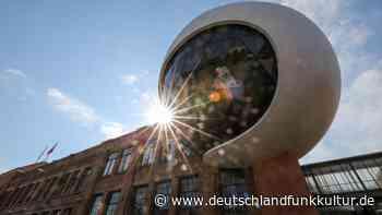 Aus den Feuilletons - Architektur an der Grenze des Machbaren - Deutschlandfunk Kultur