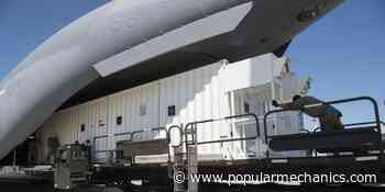 The USAF Is Transporting COVID-19 Patients in Modified Shipping Containers - Popular Mechanics