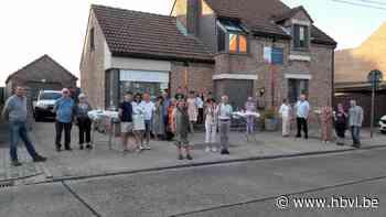 Bewoners Borgloon houden drink op afstand - Het Belang van Limburg