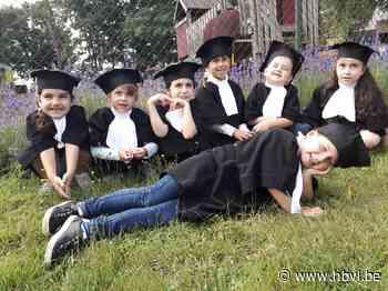 Quarantieners nemen afscheid van Kimaatschool (Bree) - Het Belang van Limburg