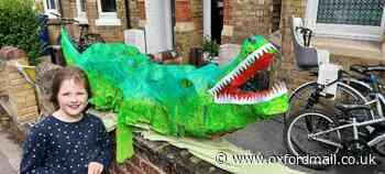 Oxford safari walk raises £2,500 for New Hinksey primary school