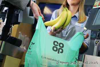 Supermarket reopens food bank donations