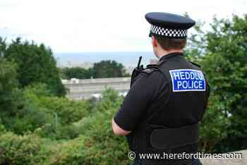 Police hunt river bank flasher with 'big belly and straw hat' - Hereford Times