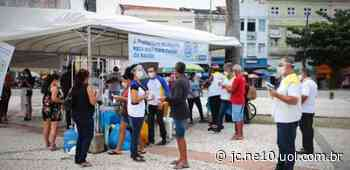 Estação no Carmo, no Centro do Recife, distribui máscaras e orienta população sobre coronavírus - JC Online