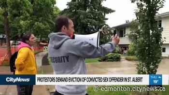 Protestors demand eviction of convicted sex offender in St. Albert - CityNews Edmonton