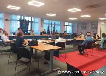 Il Comune di Montesilvano incontra i dirigenti scolastici per la riapertura degli istituti - Abruzzo in Video