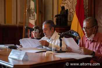 Toma protesta Raúl Morón a Norberto Bedolla como nuevo contralor municipal - Altorre