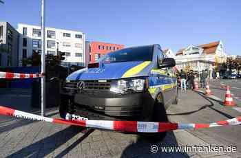 Würzburg: Audi-Fahrer kracht frontal in Straßenlaterne - 23-Jähriger erleidet Kopfverletzung