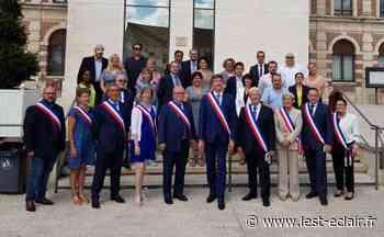 La photo officielle du nouveau conseil municipal à Romilly-sur-Seine - L'Est Eclair