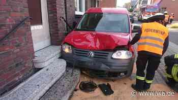 Erst mit Auto, dann mit Hauswand kollidiert: Unfall in Werne endet glimpflich - Westfälischer Anzeiger