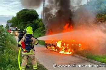 Auto in Heitersheim ausgebrannt – Ursache unklar - Heitersheim - Badische Zeitung