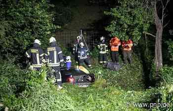 Betrunkener kommt mit Auto von A8 ab - Beifahrer schwer verletzt - Passauer Neue Presse