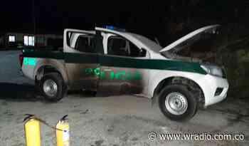 Incineran vehículo de la Policía en Inzá, Cauca - W Radio