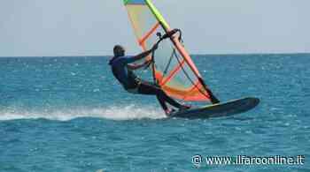 Windsurf, a Nettuno i corsi per bambini e adulti - Il Faro Online - IlFaroOnline.it