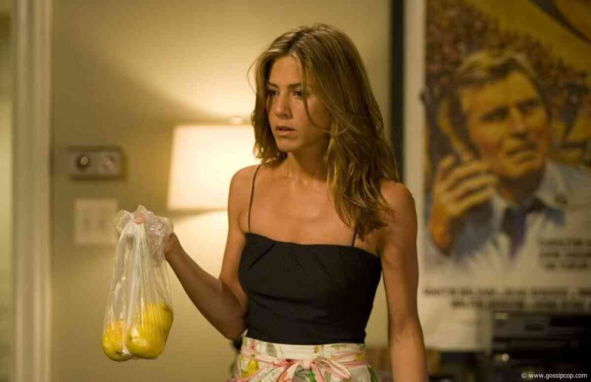 Jennifer Aniston Hiring A Medium To Communicate With Her Deceased Mother? - Gossip Cop