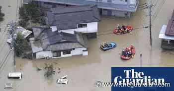 Record rainfall triggers floods and landslides in Japan – video
