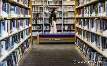 Democracy Books Disappear From Hong Kong Libraries - NDTV