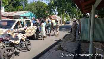 Patrulla motorizada del CESFRONT persigue y detiene grupo de haitianos en Dajabón - El Masacre