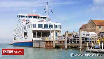 Coronavirus: Wightlink to resume Lymington-Yarmouth route - BBC News