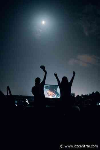 Garth Brooks drive-in concert drew over 350,000 fans, including at 4 Phoenix locations - AZCentral