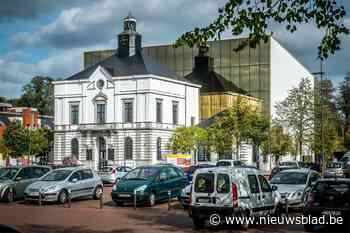 Oppositie Leopoldsburg stapt op tijdens vragenronde over opv... (Leopoldsburg) - Het Nieuwsblad