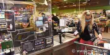 Maskenpflicht in Einkaufsmärkten: Immer mehr shoppen in Zeitz oben ohne - Mitteldeutsche Zeitung