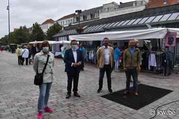 Zaterdagmarkt in Brugge heropgestart met alle kramen