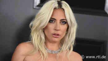 Lady Gaga: Versteckt sie eine Babykugel unter ihrem Schlabberpulli? - RTL Online
