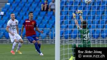 Super League: Der FC Basel setzt sich gegen den Tabellenletzten Xamax mit 2:0 durch