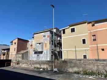 Adrano. Auto in fiamme in via Gabriele D'Annunzio - Yvii24.it