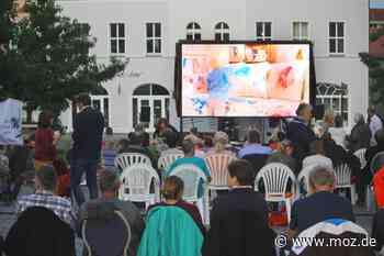 Open Air: Der Kino-Sommer in Strausberg nimmt den ganzen Marktplatz in Beschlag - Märkische Onlinezeitung