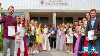 Bestwig: Freude bei Abiturienten des Berufskollegs - WP News